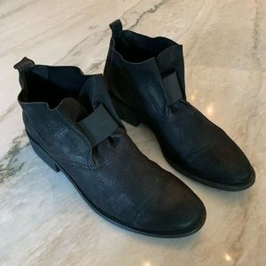 Eileen Fisher Leather Soul Pull-on Booties